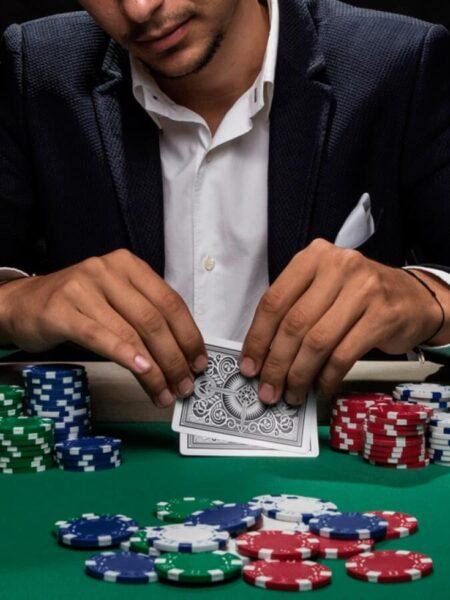 Are Australians on the hook of casinos?